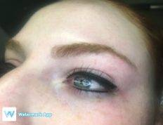 Thick Eyeliner with a Flick